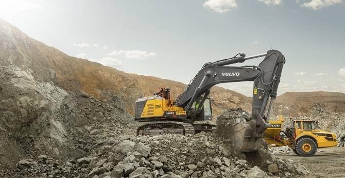 Volvo CE начинает выпуск нового 90 тонного экскаватора