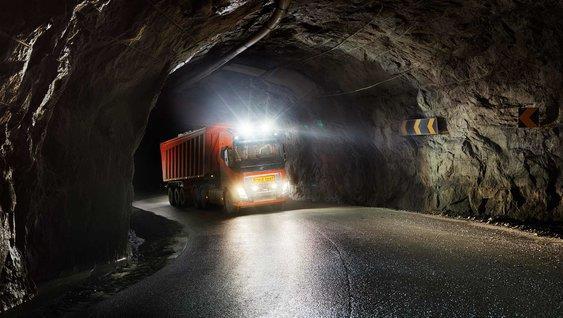 Автономное транспортное решение Volvo Trucks для компании Brønnøy Kalk AS