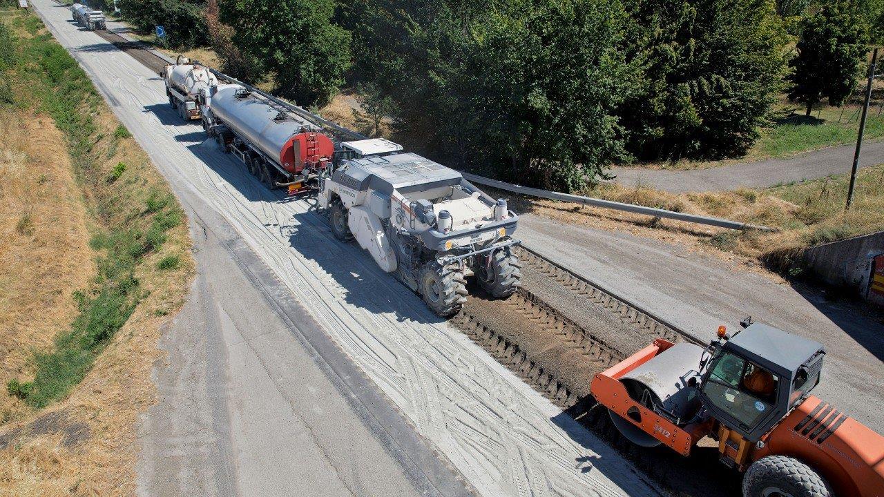 Холодный ресайклинг: Современная технология восстановления дорожного покрытия