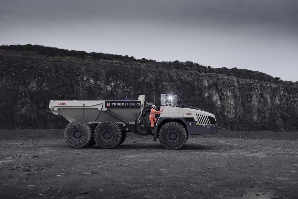 Terex Trucks продемонструвала самоскиди TA300 і TA400