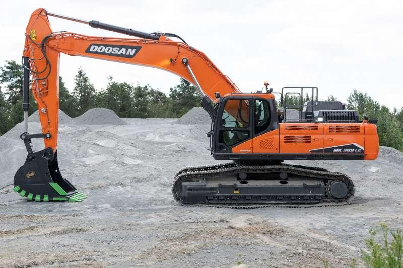 Doosan представляє новий екскаватор DX380LC-7