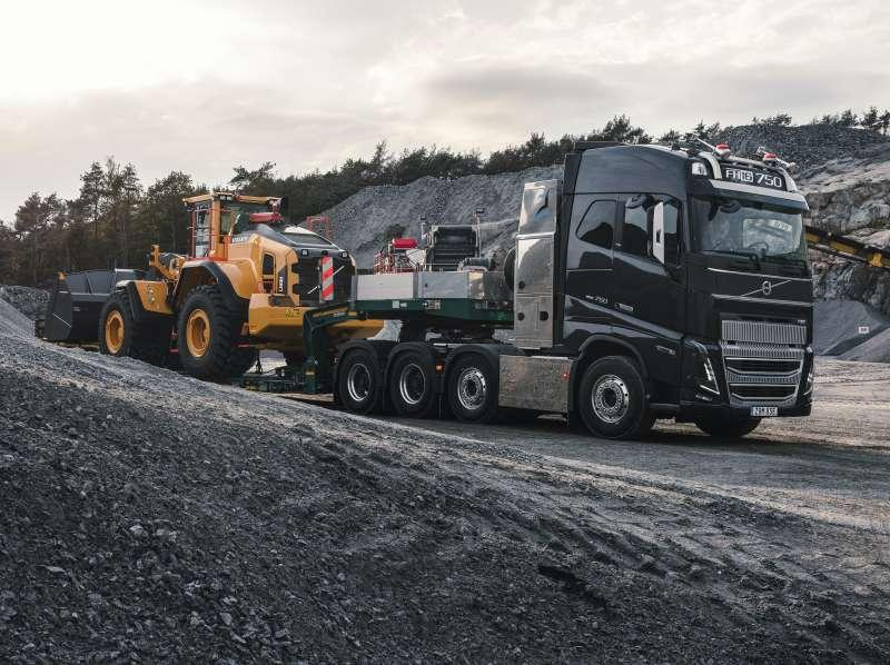 Volvo Trucks выводит на рынок модель FH16 нового поколения