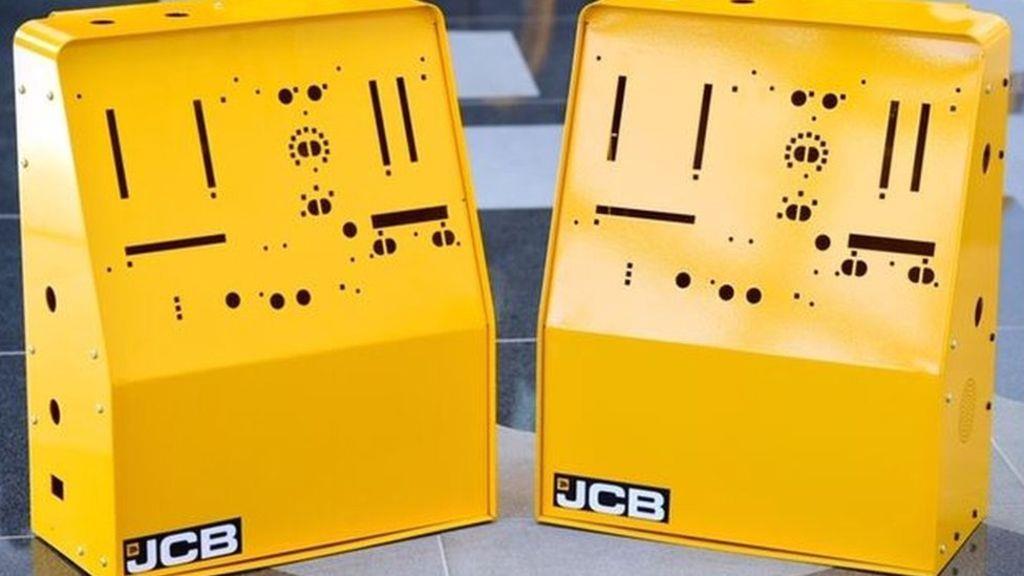 Компанія JCB випустила прототипи корпусів для апаратів штучної вентиляції легень
