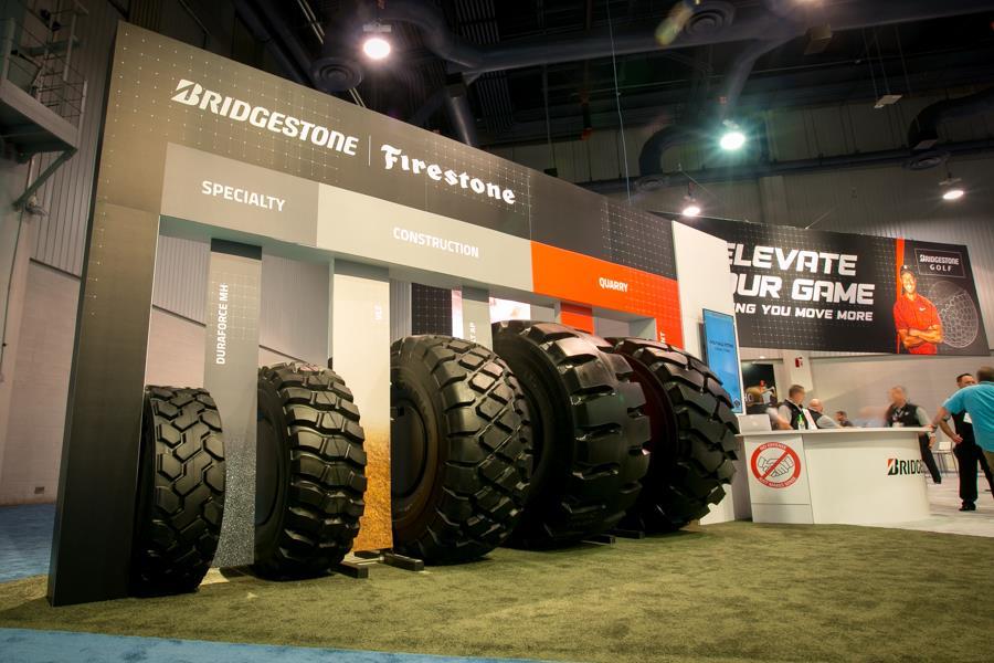 Bridgestone разработала для спецтехники систему PressureStat (TPMS) нового поколения