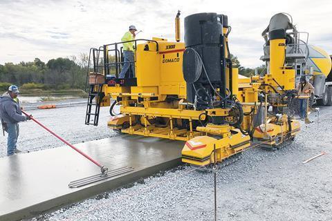 Gomago представила бетоноукладчики для устройства бордюров и водостоков