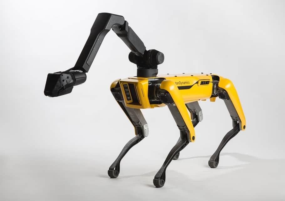 Чотириногий робот від Boston Dynamics отримав п'яту лапу Spot Arm