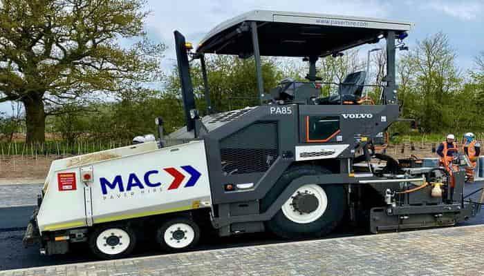 Английская фирма MAC Surfacing вновь выбирает асфальтоукладчики Volvo