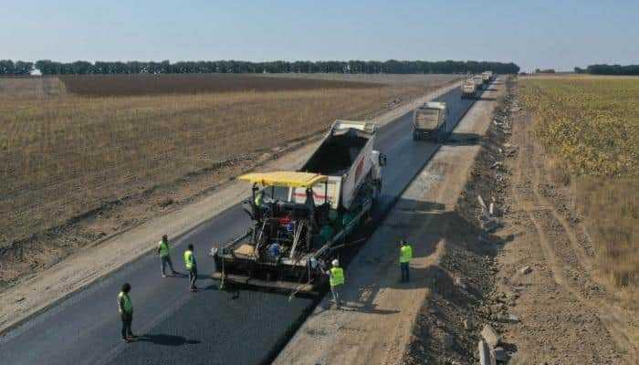 На Донбасі відремонтують понад 500 км доріг