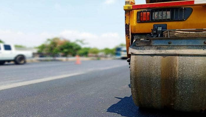 Фахівці британської компанії Roadmender Asphalt пропонують використовувати для ямкового ремонту доріг нову технологію