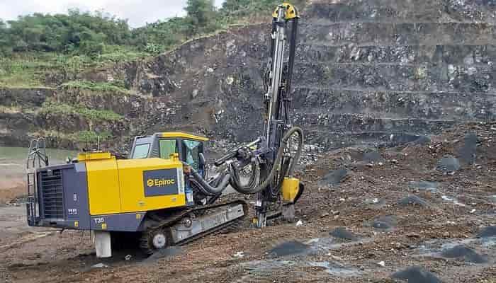 Буровые работы в сложных горно-геологических условиях в филиппинской провинции Рисаль стали настоящим испытанием для буровых установок Epiroc