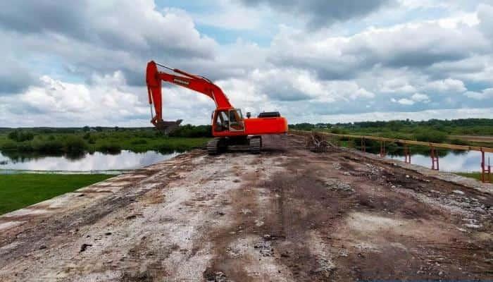 У Чернігівській області відновлюють міст через Снов