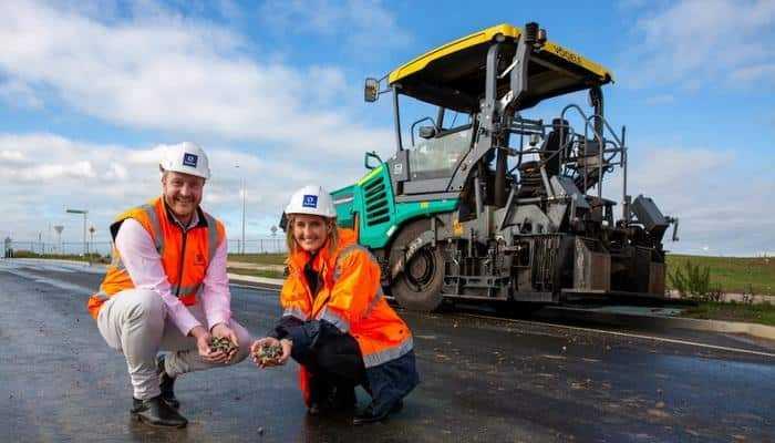 Какие материалы вторичной переработки используют для строительства дорог в Австралии