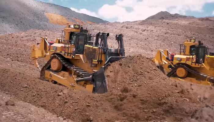 Новый бульдозер Cat D11 прибыл на угольную шахту Stanwell Meandu