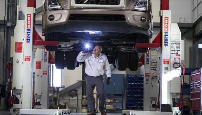 Програма обслуговування вантажівок Volvo Blue Contract спрощує технічне обслуговування і збільшує час безвідмовної роботи