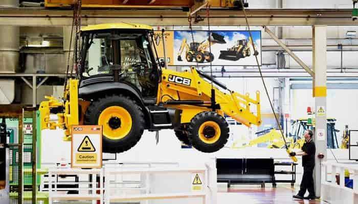 JCB нарощує обсяги виробництва