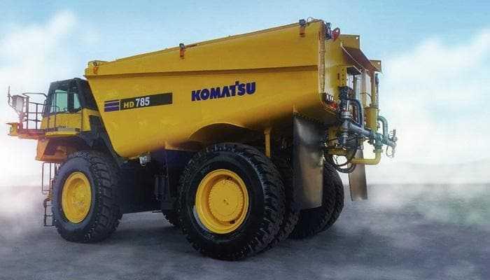 Автономна водовозка Komatsu контролює рух вантажівки та витрата води