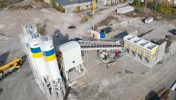 В Кременчуге смонтировали бетонный завод