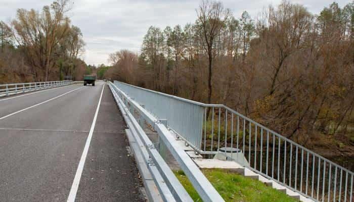 В Сумской области впервые за 49 лет отремонтировали мост через реку Клевень